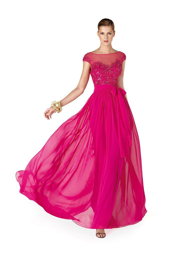 встречаем новый год в розовом платье