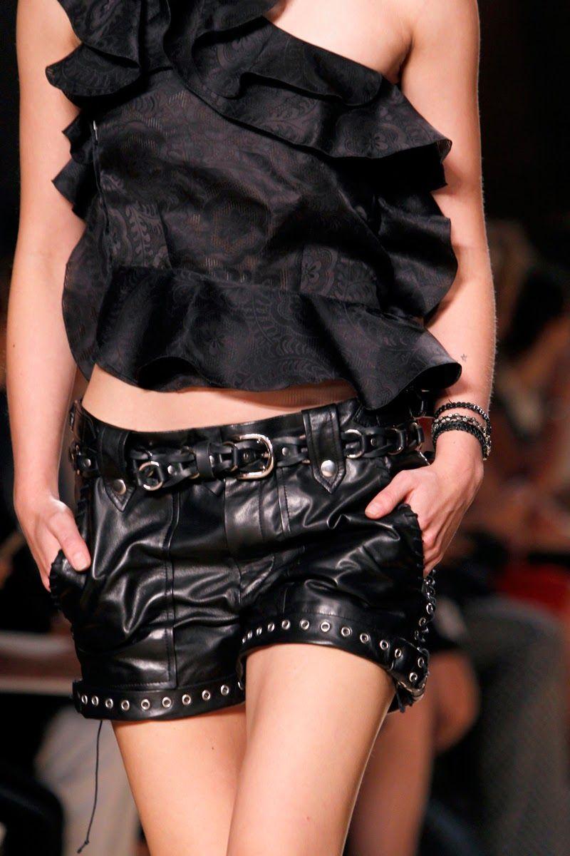 элегантные кожаные шорты для женщин
