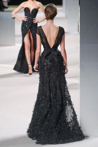 модный показ вечерних платьев