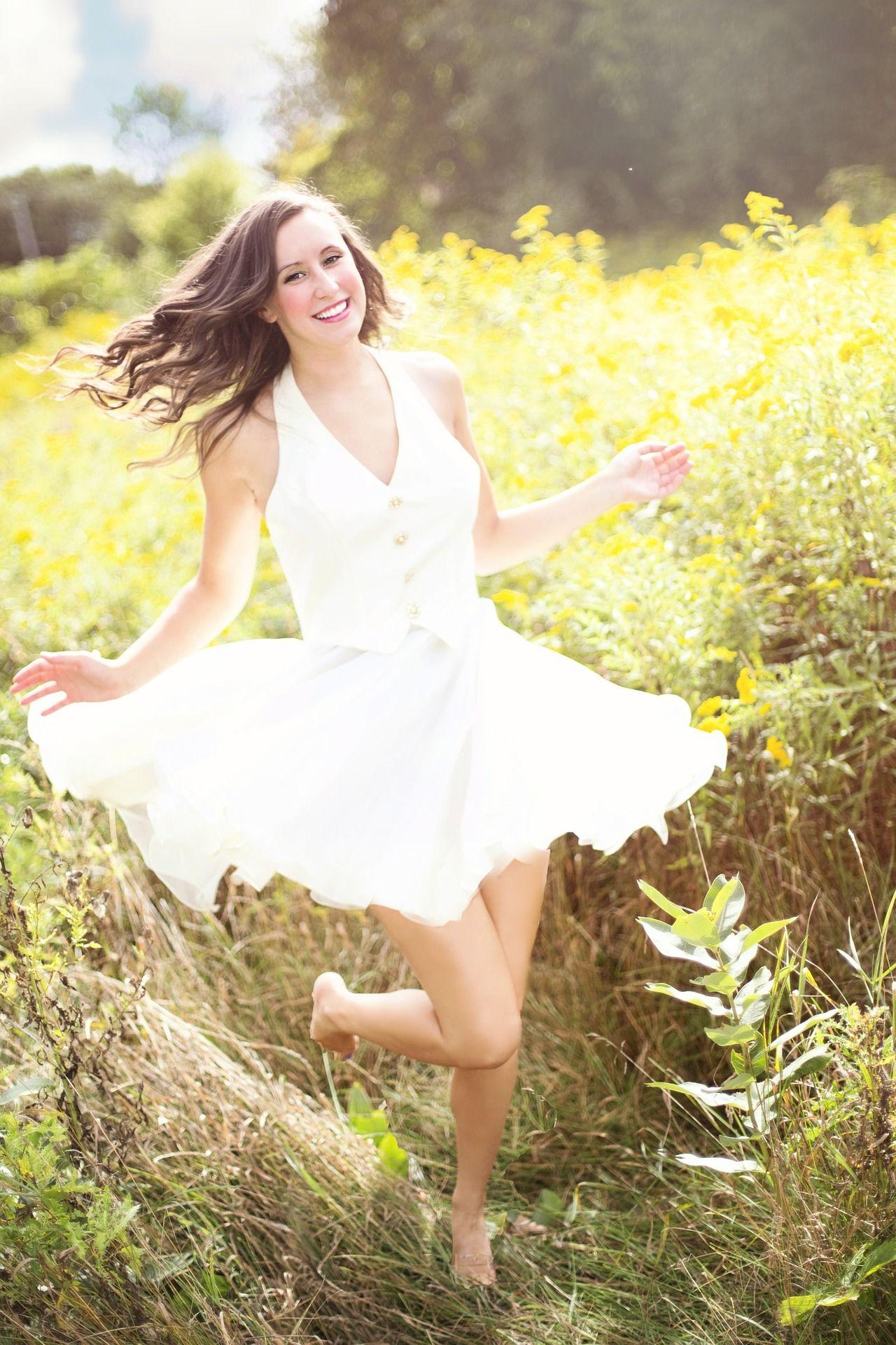 Маленькое белое платье – хит наступившего лета
