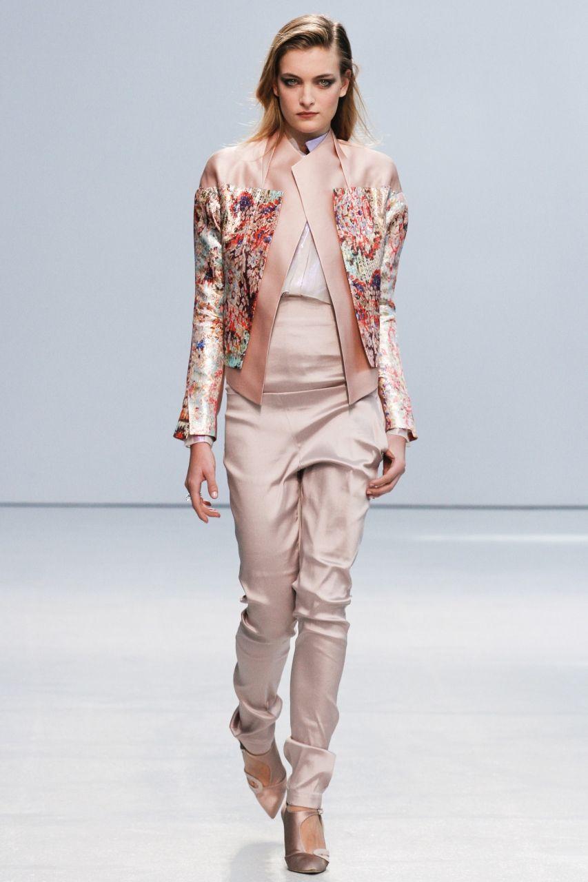 Модные пиджаки нараспашку