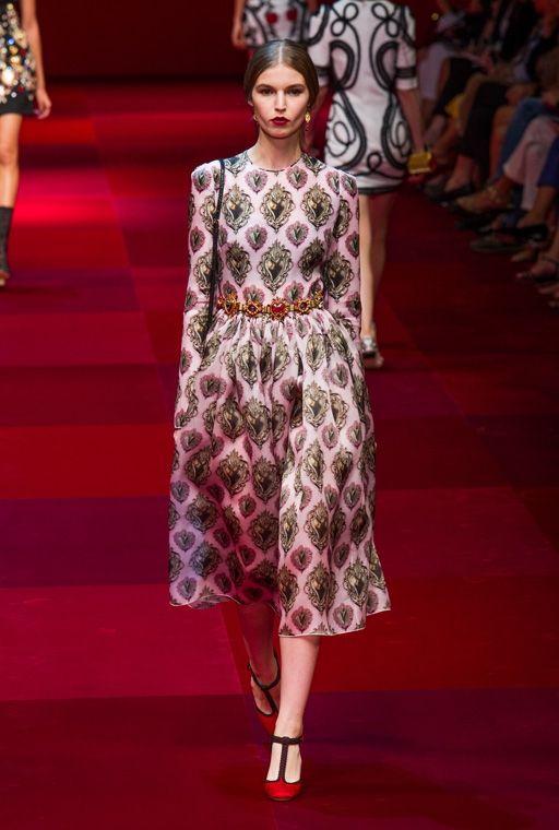 Платье от Дольче Габбана в стиле ретро