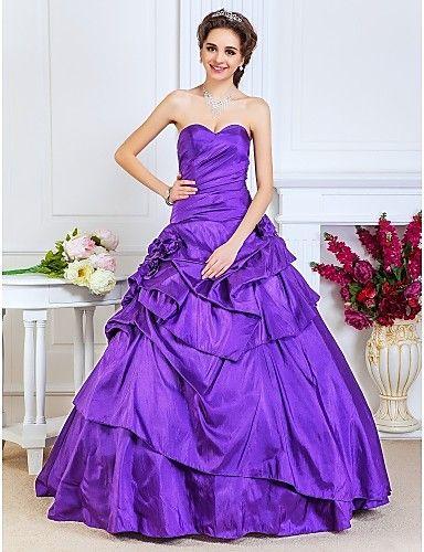 Стильные бальные платья для женщин