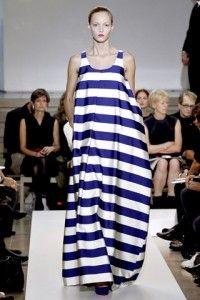платья в полоску модные летом 2012
