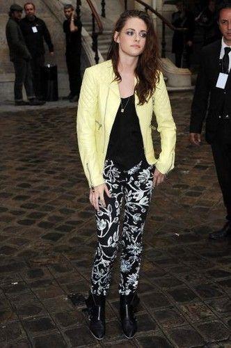 Kristen Stewart и байкерская куртка