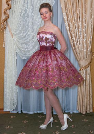 платья на выпускной короткие и пышные