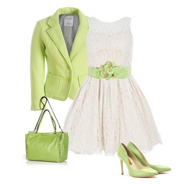 белое платье в сочетании с зеленым цветом