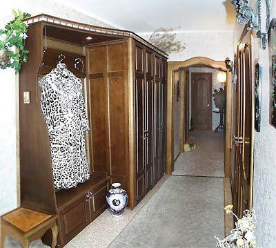 классическая мебель для прихожей квартиры