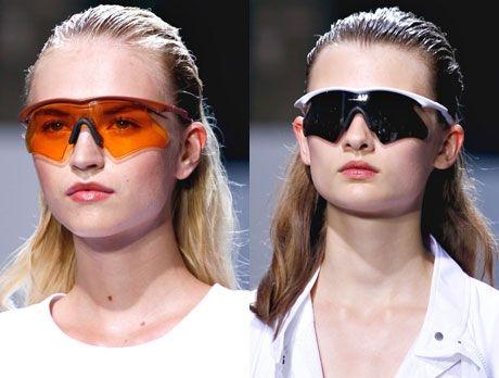 очки спортивного стиля