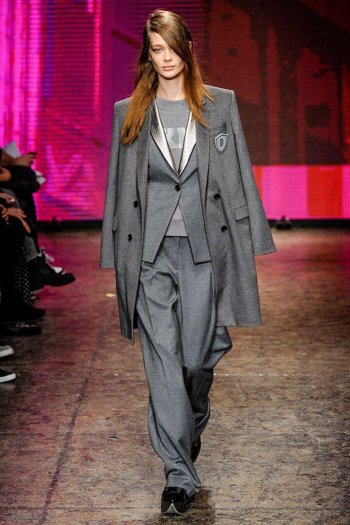 Стильно необычно но модно женские пиджаки