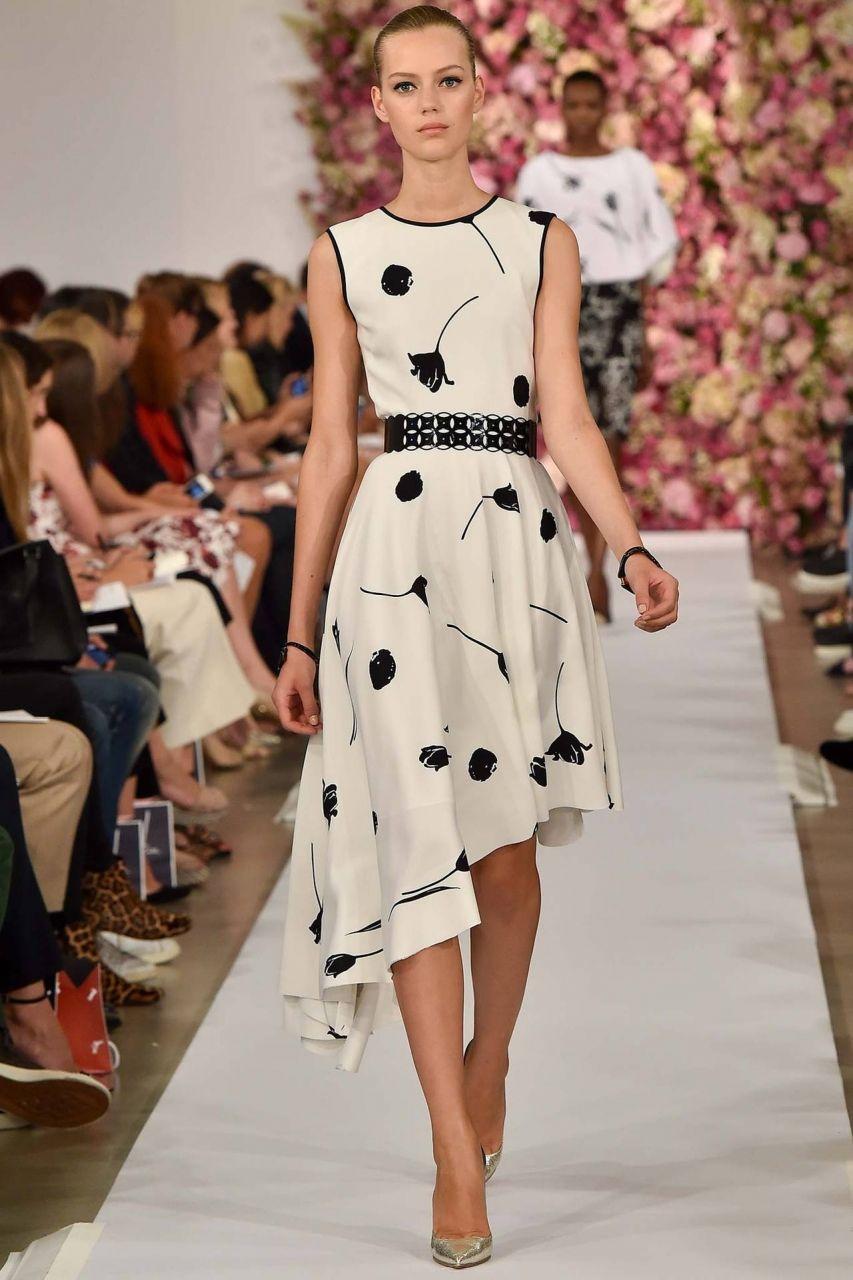 Модное платье в офис без рукавов