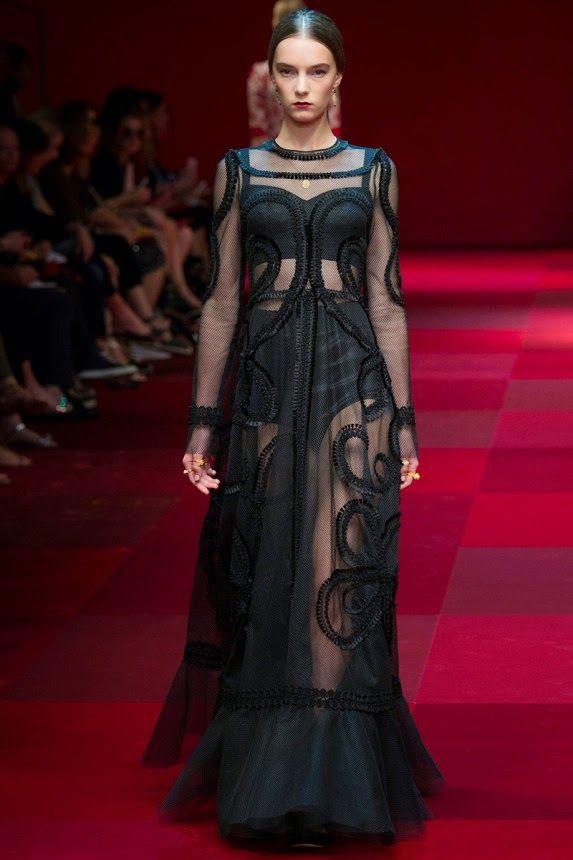 Прозрачное сексуальное платье от Дольче габбана