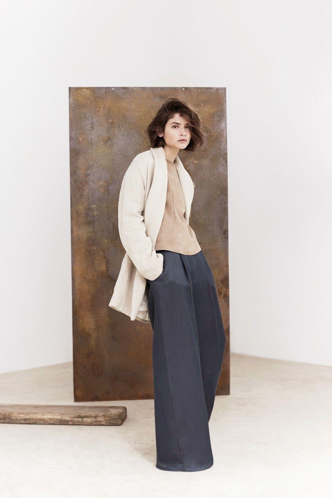 Стильные широкие брюки в стиле ретро