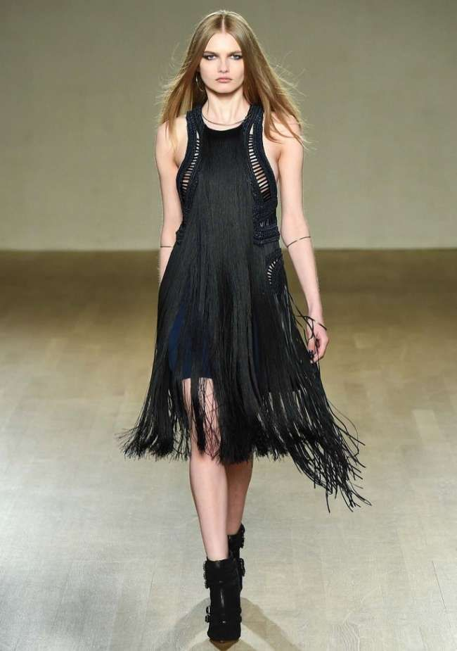 Модно и стильно вечернее платье для девушек