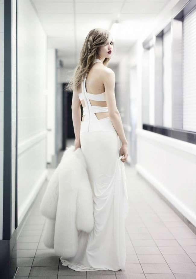 Открытое модное вечернее платье