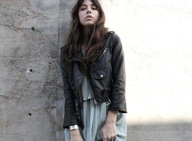 Байкерская куртка – модно в несочетаемом исполнении