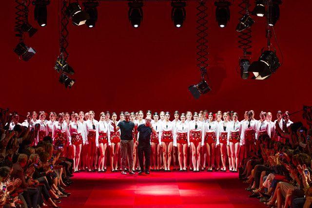 Неделя высокой моды в Милане: Dolce & Gabbana весна-лето 2015