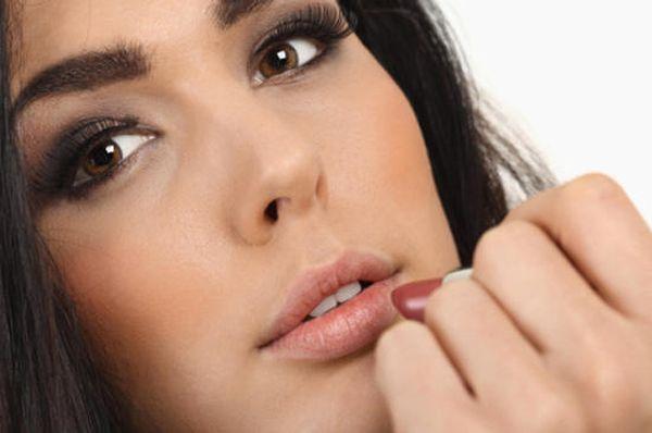 Вечерний макияж для карих глаз. Нюансы выбора палитры и пошаговое фото