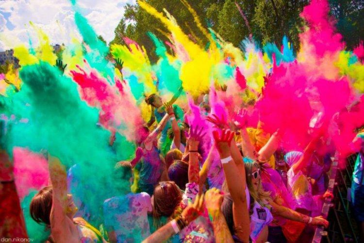 Фестиваль красок в России