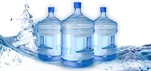 Преимущества доставки воды в Санкт-Петербурге
