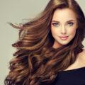 Каштановый цвет волос в этом году в моде