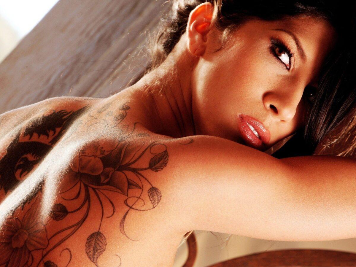Татуировки: как избежать рисков, меры предосторожности